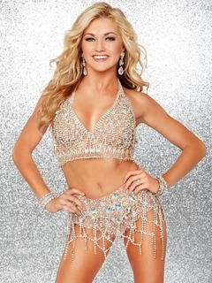 Lindsay Arnold photo