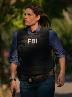Special Agent Maggie Bell photo