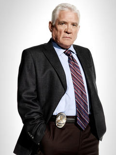 Detective Lt. Louie Provenza photo