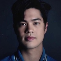 Zach Dempsey played by Ross Butler