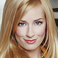 Caroline played by Beth Behrs