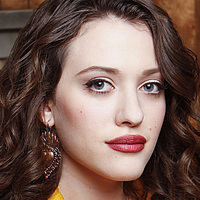 Max played by Kat Dennings