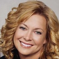 Annie Camden played by Catherine Hicks