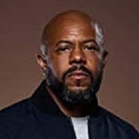 Michael Grant played by Rockmond Dunbar