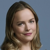 Maggie played by Allison Miller