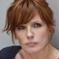 DC Anna Travis played by Kelly Reilly