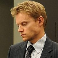 Kenny Armstrong played by Marc Warren