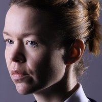 Tina Dakin played by Anna Maxwell Martin