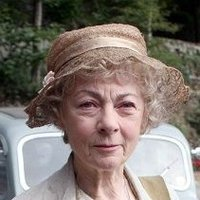 Miss Marple (2004 - 2007) played by Geraldine McEwan