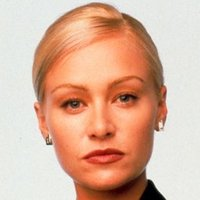 Nelle Porter played by Portia de Rossi