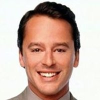 Billy Alan Thomas played by Gil Bellows Image