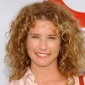 Kim Cooper played by Nancy Travis