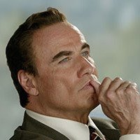 Robert Shapiro played by John Travolta