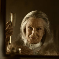 Zorya Vechernyaya played by Cloris Leachman