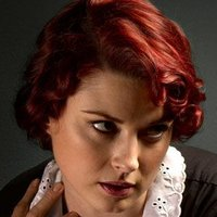 Young Moira O'Hara played by Alexandra Breckenridge