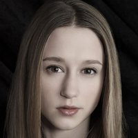 Zoe Benson played by Taissa Farmiga
