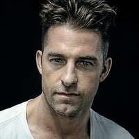 Baz Blackwell played by Scott Speedman