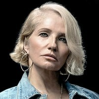 Janine Cody played by Ellen Barkin