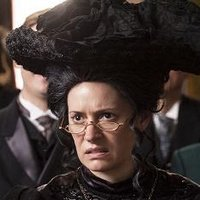 Dodo Bellacourt played by Paget Brewster Image