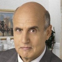 George Bluth Sr. played by Jeffrey Tambor