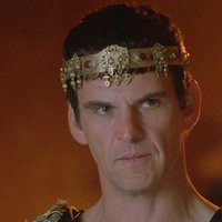 King Laius played by Tristan Gemmill