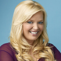 Bonnie played by Melissa Peterman