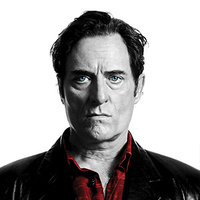 Declan Gardiner played by Kim Coates