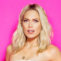 Erin Foster played by Erin Foster
