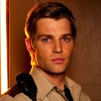 Zach Shelby played by Mike Vogel