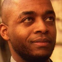 Simon O'Neill played by Rick Worthy
