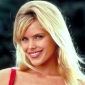 Neely Capshaw played by Gena Lee Nolin