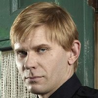 Bishopplayed by Mark Pellegrino