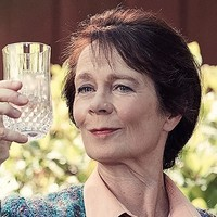 Phyllis played by Celia Imrie