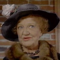 Aunt Clara played by Marion Lorne