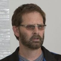 Gordon Klein played by Jeffrey Nordling