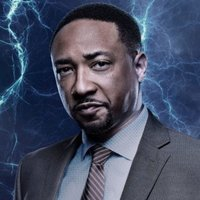 Bill Henderson played by Damon Gupton