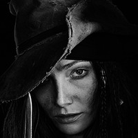 Anne Bonny played by Clara Paget
