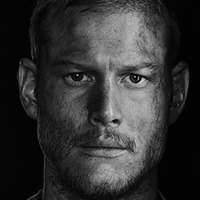 Billy Bones played by Tom Hopper