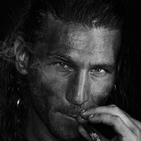 Captain Charles Vane played by Zach McGowan