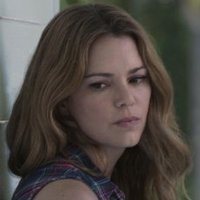 Diana Rayburn played by Jacinda Barrett