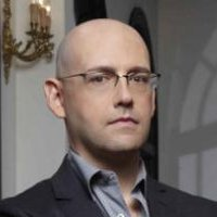 Brad Meltzer played by Brad Meltzer