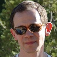 Elliott Schwartz played by Adam Godley