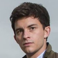 Olly Stevens played by Jonathan Bailey