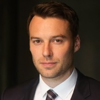 Billy Crawford played by Peter Mooney