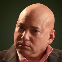 Charlie Runkleplayed by Evan Handler