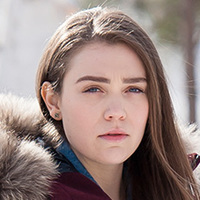 Kelly Cardinal played by Alanna Bale