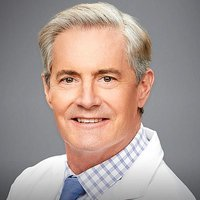 Dr. Stephen Frost played by Kyle MacLachlan Image