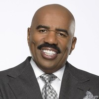 Steve Harvey - Host Celebrity Family Feud (2015)