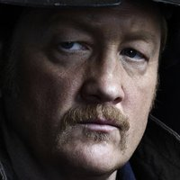Randy played by Christian Stolte