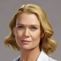 Dr. Hannah Tramble played by Laurie Holden